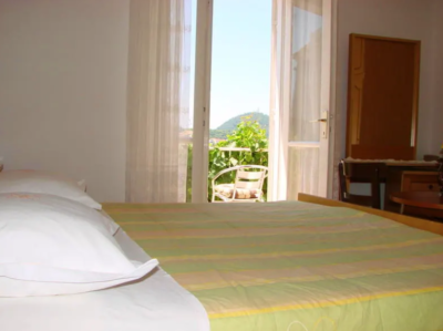 Hostel dubrovnik budget accommodation